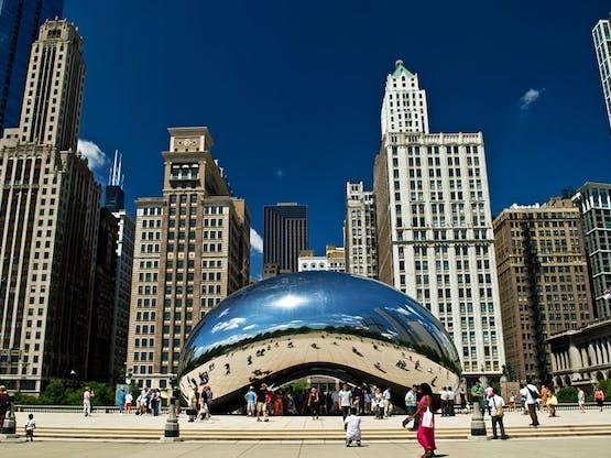Escultura Cloud Gate, mais conhecida como The Ben (o Feijão). Millennium Park, Chicago. EUA