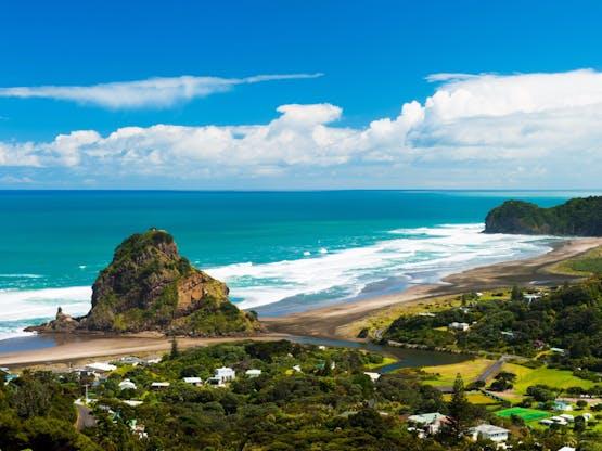 Piha Beach. Auckland, Nova Zelândia